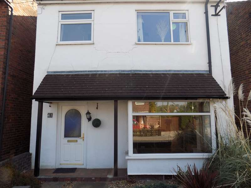 3 Bedrooms Detached House for sale in Audley Road, Stoke-on-Trent, Cheshire, ST7