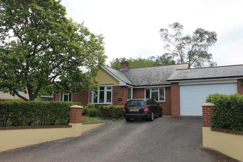 4 Bedrooms Detached Bungalow for sale in Marsh Green
