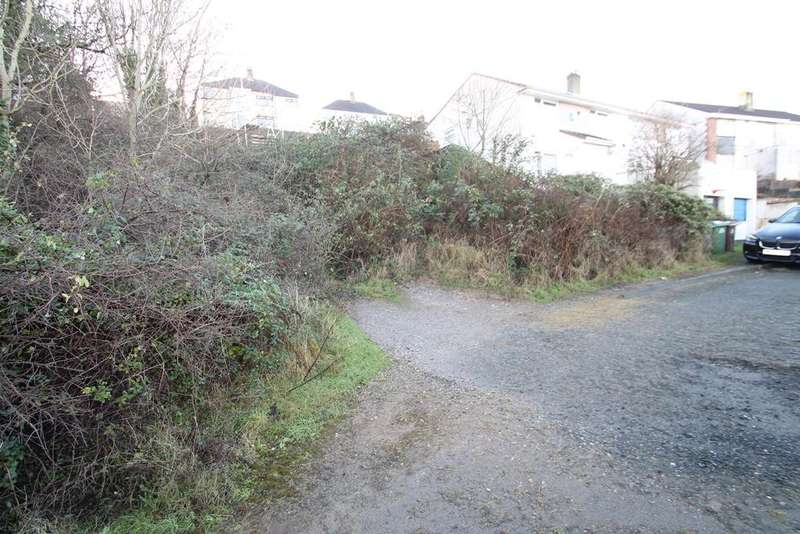 Land Commercial for sale in Higher Compton