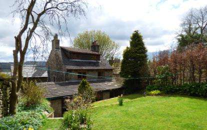 3 Bedrooms Detached House for sale in Stoneheads, Whaley Bridge, High Peak, Derbyshire