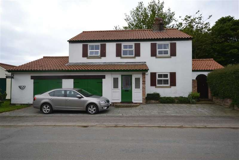 3 Bedrooms Property for sale in Catfoss Road, Bewholme, East Yorkshire