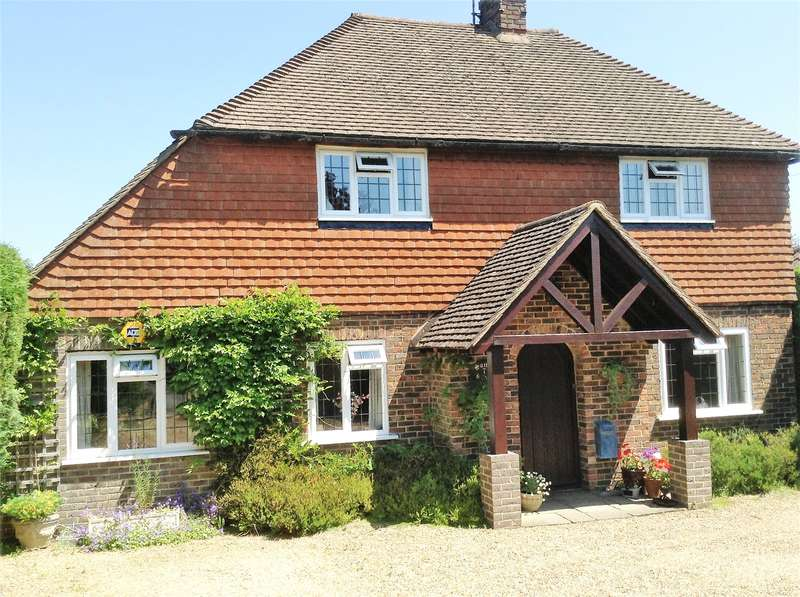 5 Bedrooms Detached House for sale in High Hurst Close, Newick, East Sussex, BN8