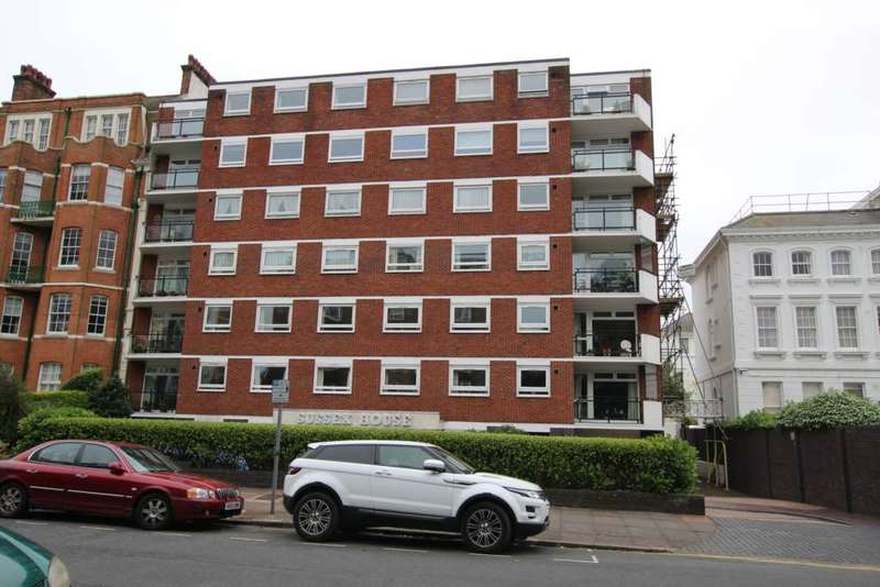 2 Bedrooms Flat for sale in Hartington Place, Eastbourne, BN21 3BH