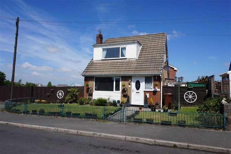 2 Bedrooms Property for sale in Burns Walk, Darwen, Lancahsire