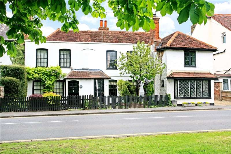 2 Bedrooms Terraced House for sale in Horton Road, Datchet, Berkshire, SL3