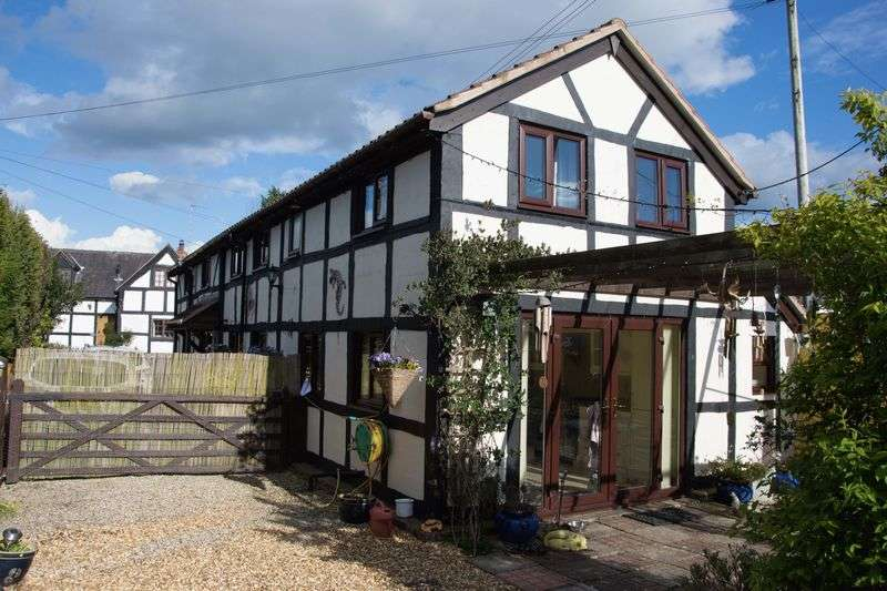 3 Bedrooms House for sale in Spacious 3 Bedroom Cottage Black and White Cottage with Extensive Gardens, Bodenham, Hereford HR1 3HT