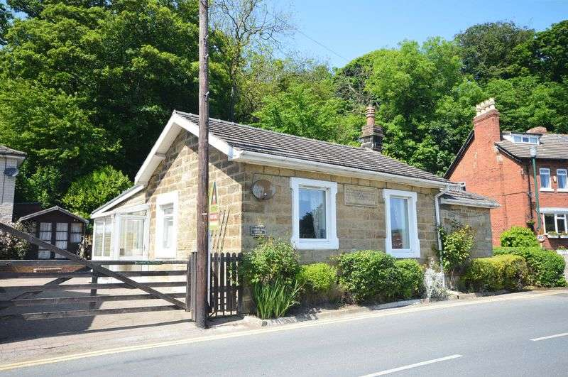 3 Bedrooms Detached Bungalow for sale in The Carrs, Whitby