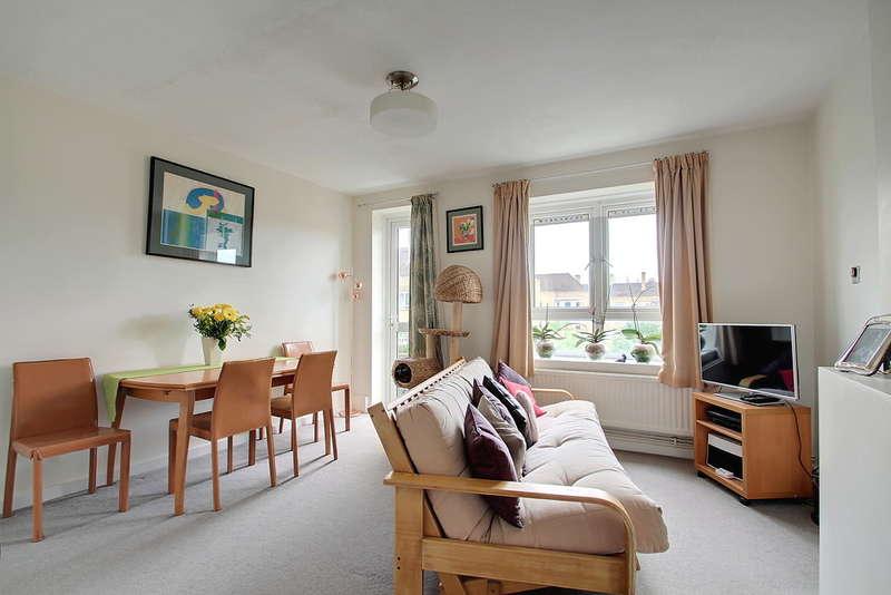 1 Bedroom Flat for sale in Dalmeny Avenue, London, N7