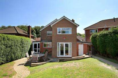 4 Bedrooms Detached House for sale in Brookside, Rotherham, South Yorkshire