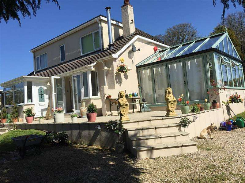 4 Bedrooms Detached House for sale in Hillfield, Dartmouth