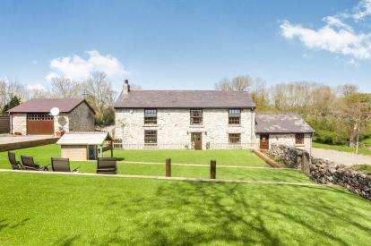 4 Bedrooms Detached House for sale in Lixwm, Holywell, Flintshire, CH8