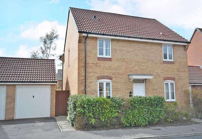 4 Bedrooms Detached House for sale in Narcissus Grove, Rogerstone, Newport, Gwent. NP10 9LP