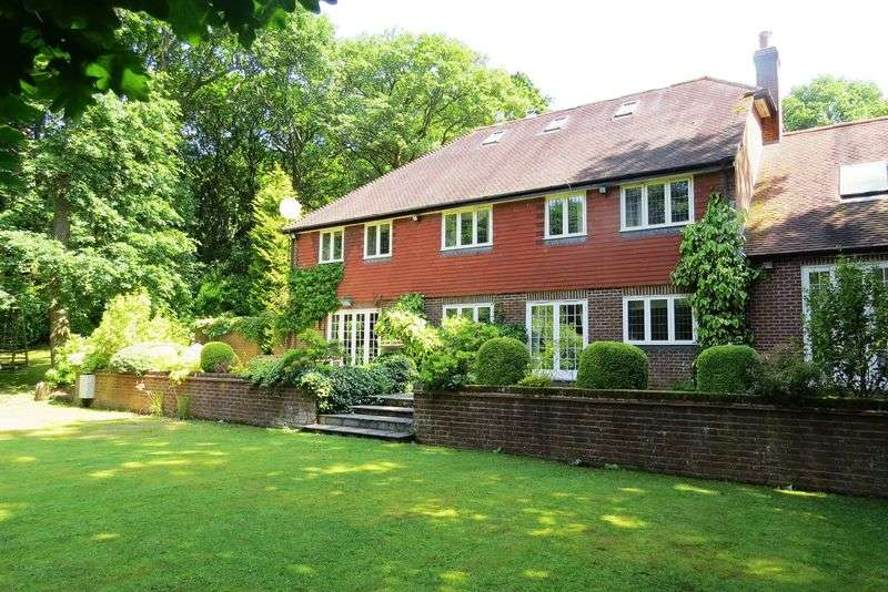 5 Bedrooms Detached House for rent in Durford Wood, Petersfield, Hampshire