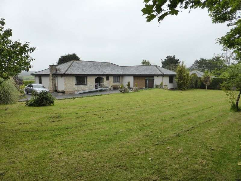 3 Bedrooms Detached Bungalow for sale in Halgoss, Tehidy