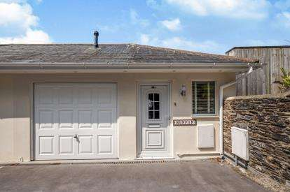 3 Bedrooms Semi Detached House for sale in Dartmouth