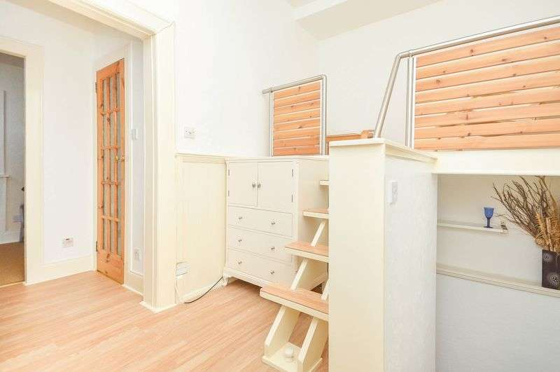 1 Bedroom Flat for sale in 6 Parkside Street, Newington, Edinburgh, EH8 9RL