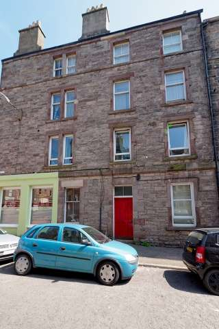 1 Bedroom Flat for sale in Lyne Street, Edinburgh, EH7 5DW