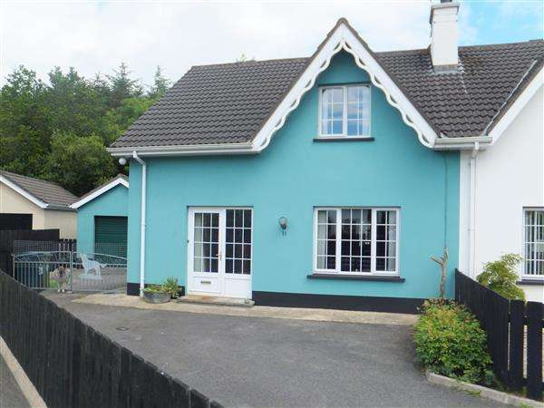 3 Bedrooms Semi Detached House for sale in 11 Brookfield