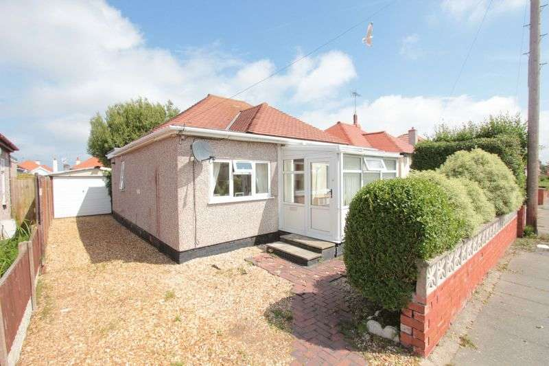 2 Bedrooms Detached Bungalow for sale in Oakville Avenue, Rhyl