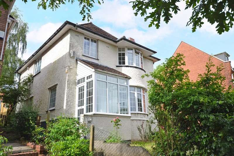 3 Bedrooms Detached House for sale in Enville Close, Newport, Gwent. NP20 3SD