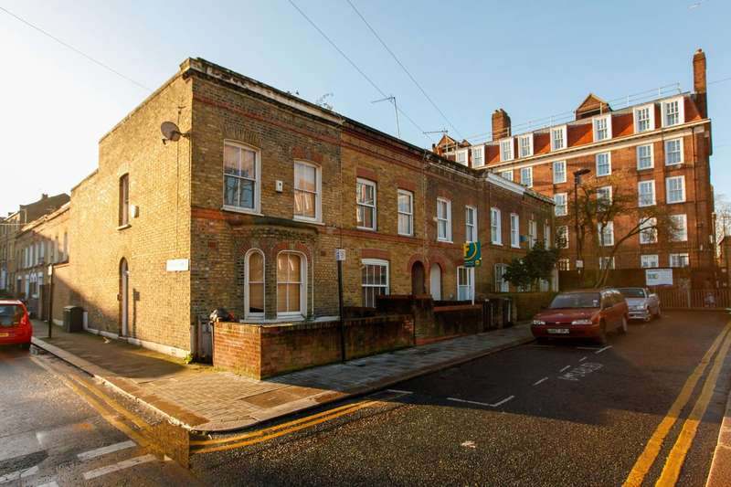 3 Bedrooms House for sale in Nursery Road, Brixton, SW9