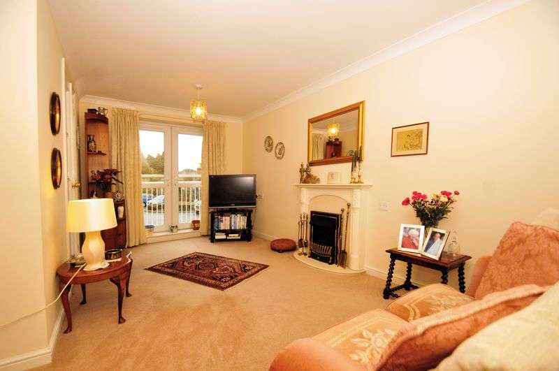 1 Bedroom Flat for sale in Farthings Court, Bridgnorth