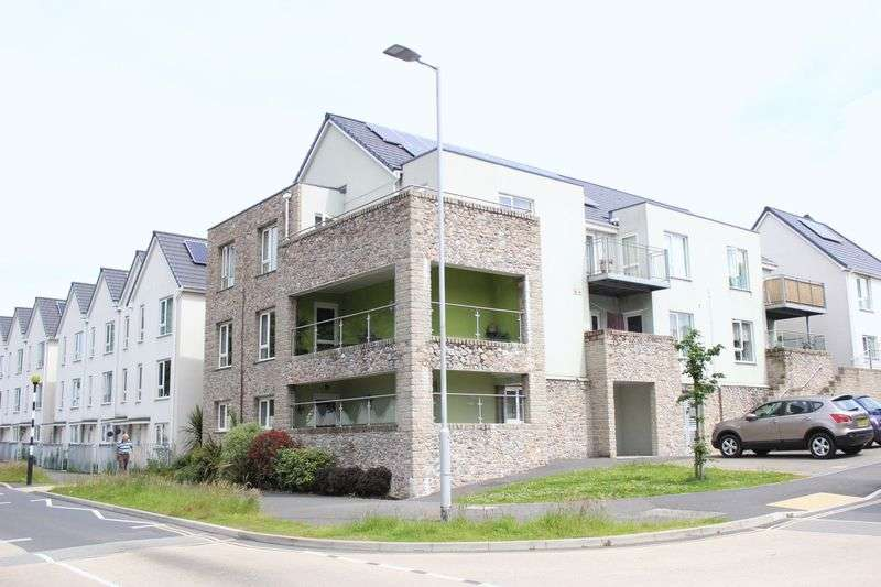 2 Bedrooms Flat for sale in Laurel Road, Plymouth