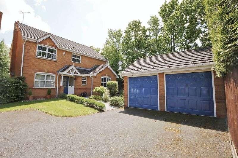 4 Bedrooms Detached House for sale in Briton Lodge Close, Moira, Derbyshire DE12 6DD