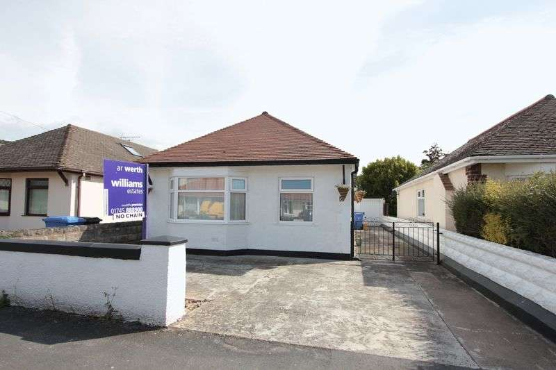 3 Bedrooms Detached Bungalow for sale in David Close, Prestatyn