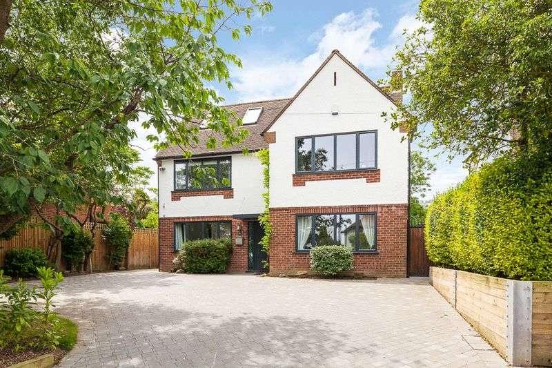 5 Bedrooms Property for sale in Romford Road, Pembury