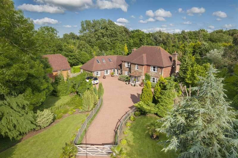 7 Bedrooms Detached House for sale in Cherry Hey, Charing Hill, Charing