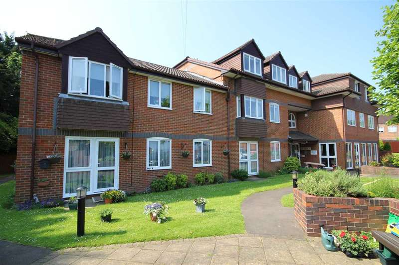 1 Bedroom Retirement Property for sale in Herne Court, Richfield Road, Bushey, WD23
