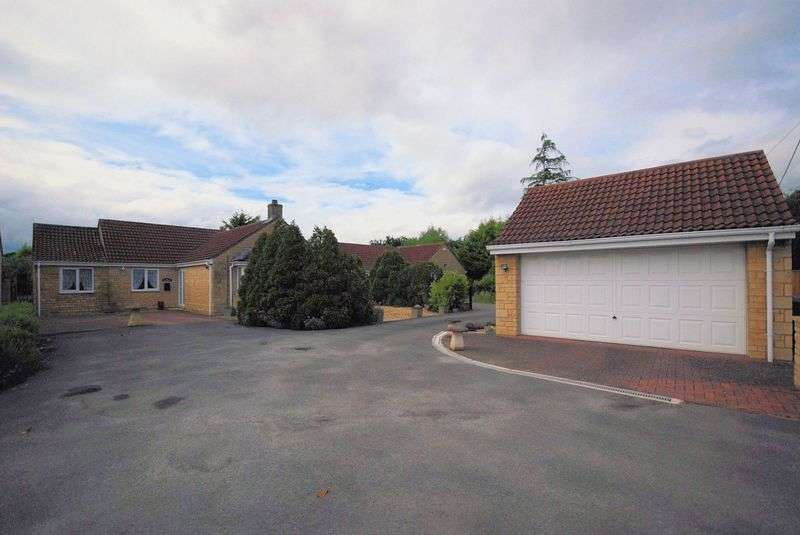 3 Bedrooms Detached Bungalow for sale in Teeside, Frome Road, Southwick.