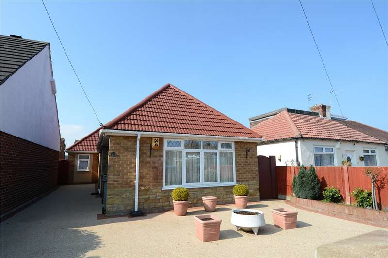 2 Bedrooms Detached Bungalow for sale in Arrowe Avenue, Moreton, Wirral