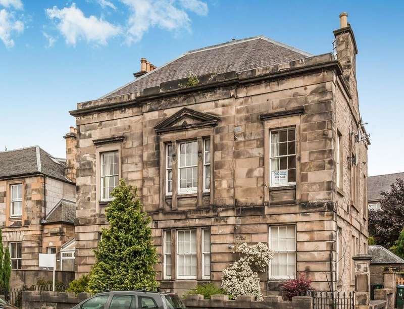 3 Bedrooms Flat for sale in Melville Street, Perth, PH1