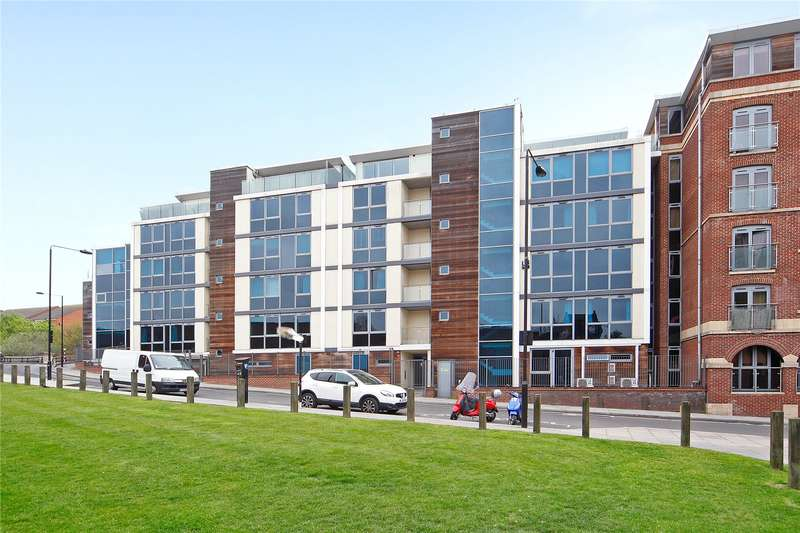 2 Bedrooms Flat for sale in Star Wharf, 40 St. Pancras Way, NW1