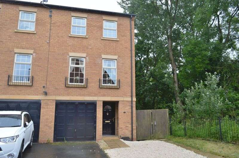 4 Bedrooms Semi Detached House for sale in Frith Close, Great Oakley, Corby