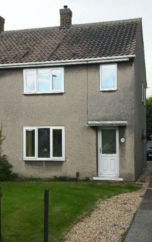 2 Bedrooms Semi Detached House for sale in Worsley Road, DN40 1DE