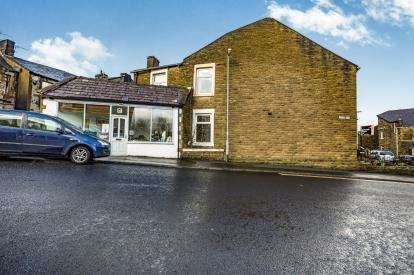 4 Bedrooms End Of Terrace House for sale in Newton Street, Burnley, Lancashire, BB12