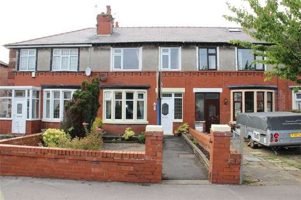 3 Bedrooms Terraced House for sale in Moorland Road, Lytham St Annes, Lancashire