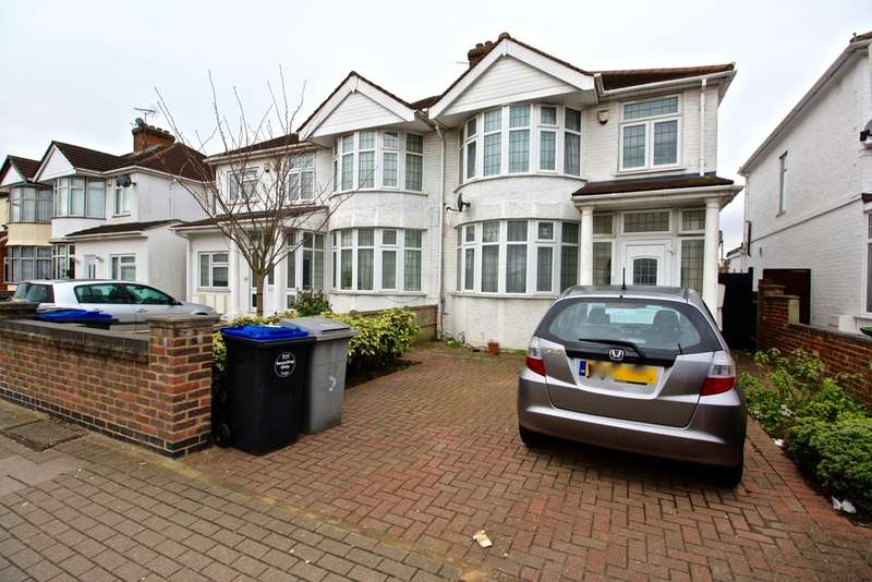 5 Bedrooms Semi Detached House for sale in Berkeley Road, Kingsbury, London NW9