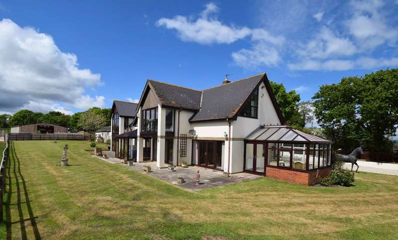 5 Bedrooms Detached House for sale in Probus Farm, Pinhoe, Exeter