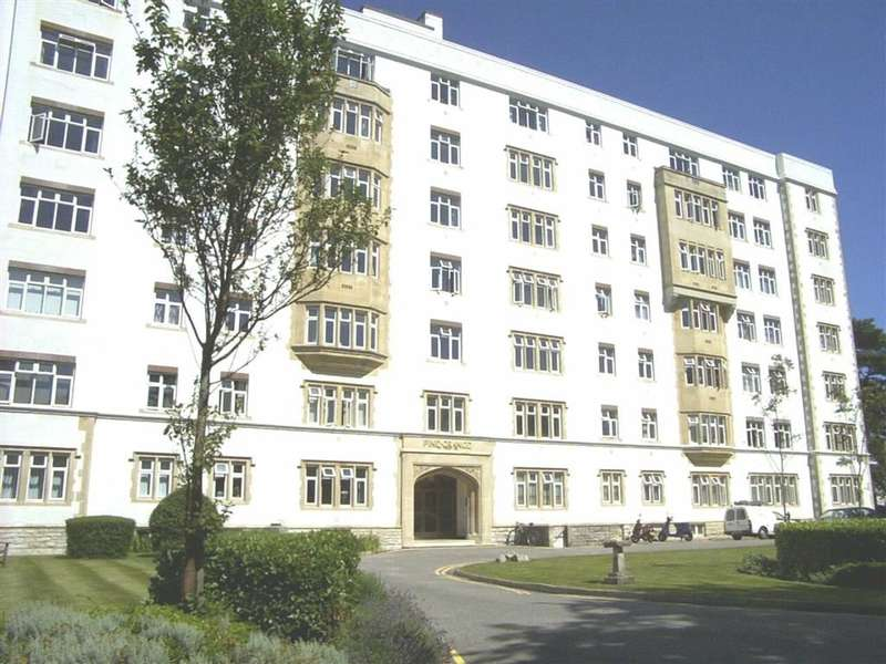 1 Bedroom Flat for sale in Pine Grange, Bournemouth, BH1