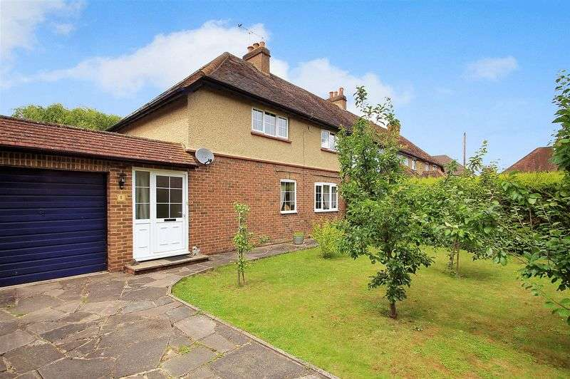3 Bedrooms Semi Detached House for sale in Send