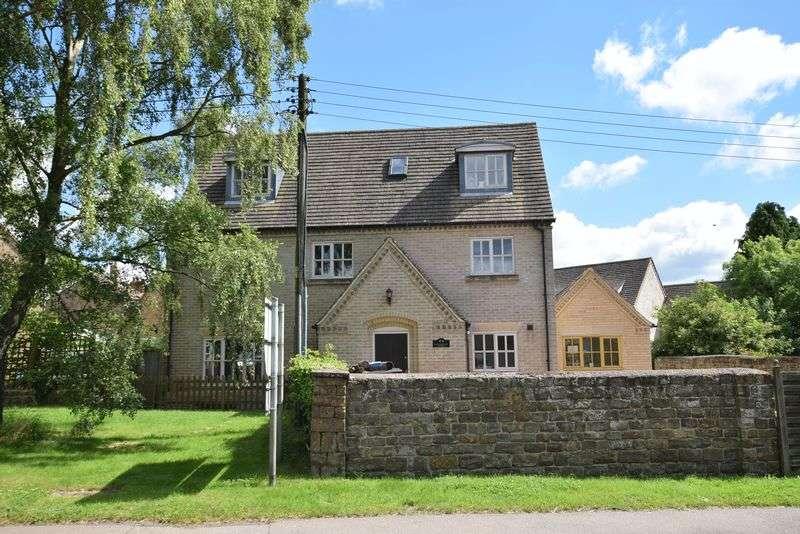 5 Bedrooms Detached House for sale in Melton Road, Langham