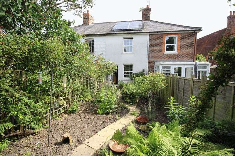 2 Bedrooms Terraced House for sale in High Street, Hadlow