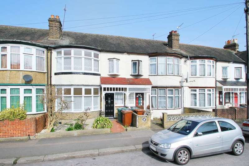 3 Bedrooms Terraced House for sale in Brookscroft Road, Walthamstow