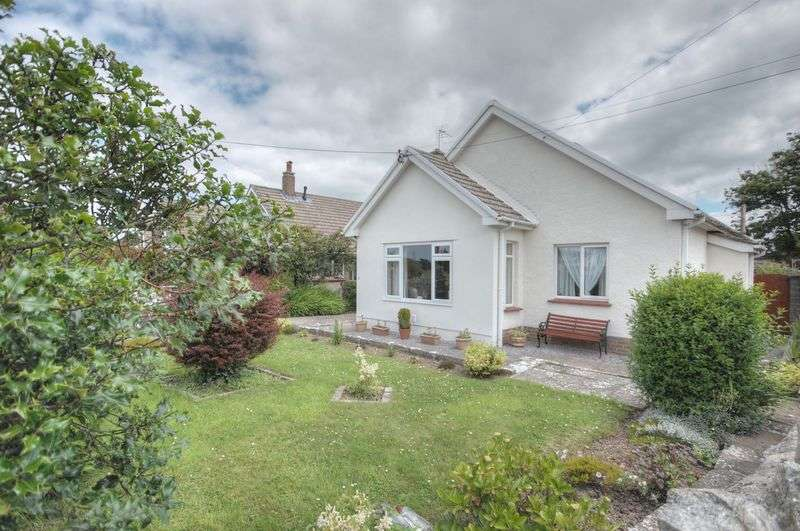 3 Bedrooms Detached Bungalow for sale in 11 Broughton Road, Wick, Vale of Glamorgan, CF71 7QH