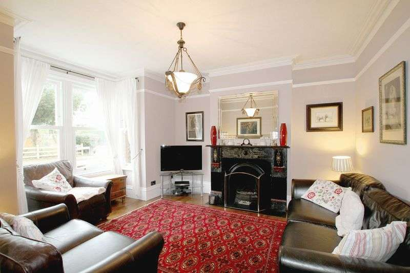 4 Bedrooms Terraced House for sale in Deal