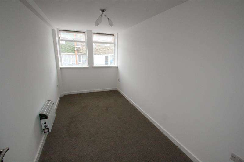 2 Bedrooms Flat for sale in Greywell Road, Havant